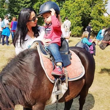 FOTO Vedetele s-au relaxat la cel mai distins eveniment ecvestru, Karpathia Horse Show