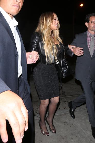 Kitsch-ul la el acasă! Mariah Carey loveşte din nou cu un outfit neinspirat