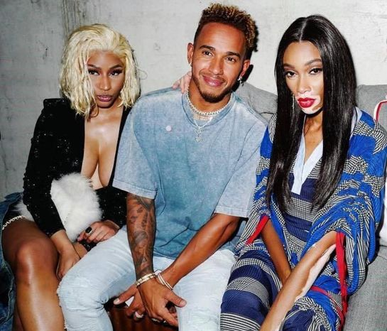 Nicki Minaj, aventură sau relaţie cu Lewis Hamilton? Se relaxează împreună în Dubai