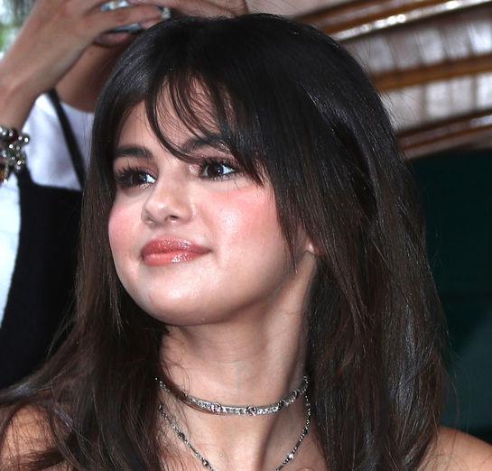 Selena Gomez trăieşte un coşmar? Nu îi vine să creadă că Justin Bieber s-a căsătorit cu Hailey Baldwin