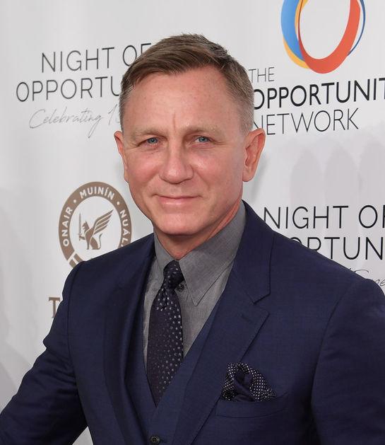 """Ajuns la 50 de ani, Daniel Craig nu mai aminteşte deloc de actorul din """"James Bond"""". Iată cum arată în prezent"""
