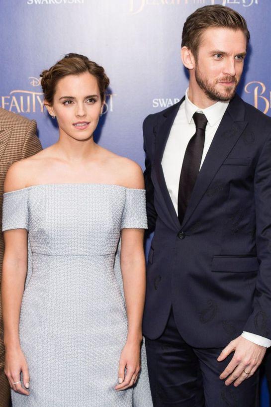 Emma Watson, cu o rochie impresionantă la premiera Beauty And The Beast