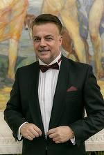 Adrian Enache, schimbare de look! Iată cum arată acum artistul