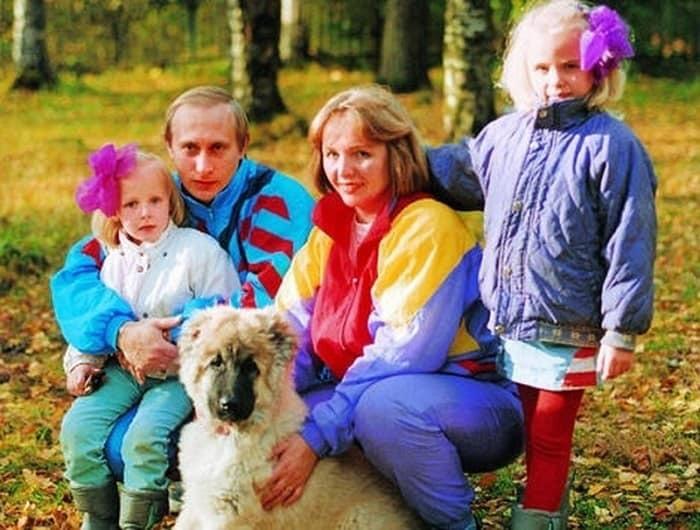 Vladimir Putin a divorţat oficial de Ludmila în 2014.