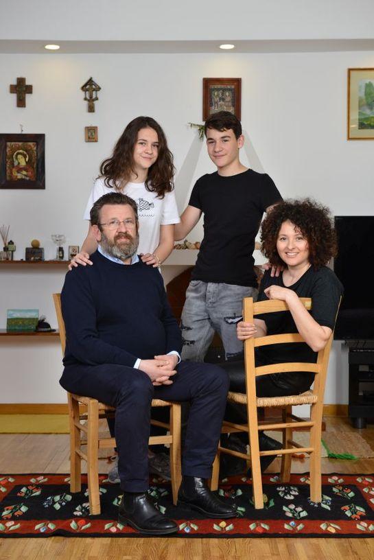 """Adriana şi Adrian Titieni: """"Suntem diferiţi şi asta ne-a făcut să rămânem împreună"""""""