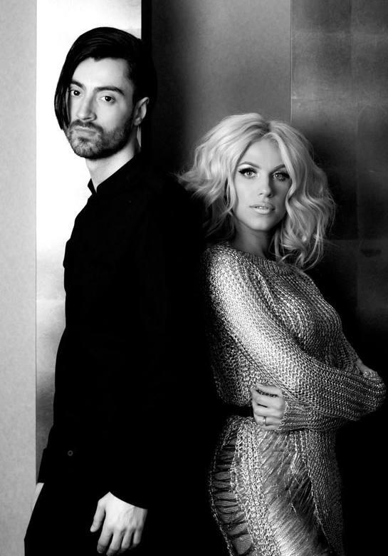 Un nou featuring marca Amna & Robert Toma