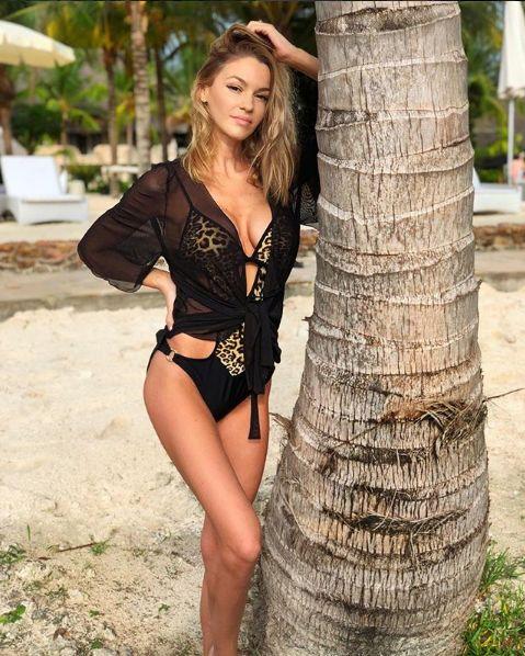 Cât de sexy e soţia lui Mihai Gruia (ex-Akcent)!