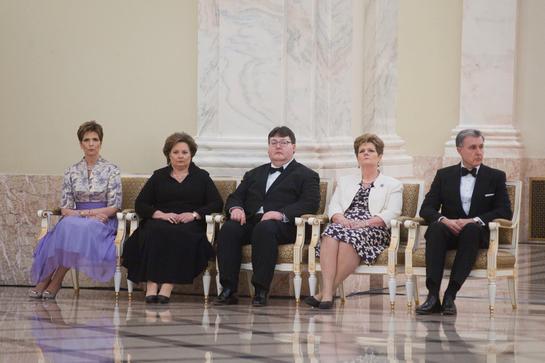 Patru dintre cele cinci fiice ale Regelui Mihai, reunite la Seara Corpului Diplomatic