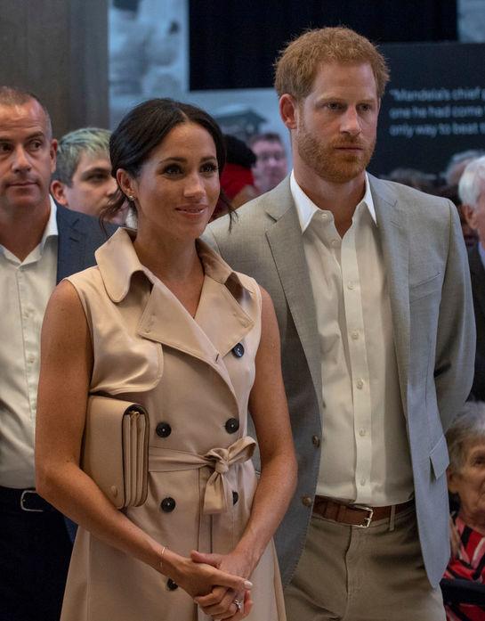 Prinţul Harry şi George Clooney sau Meghan Markle şi Amal? Care prietenie este mai strânsă?