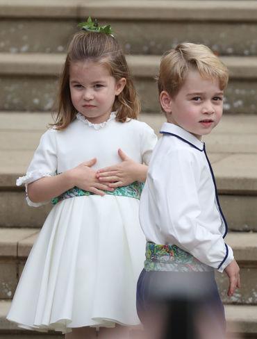 Micuţii George şi Charlotte, cei mai drăguţi la nunta Prinţesei Eugenie! Iată-i cum s-au descurcat ca domnişori de onoare