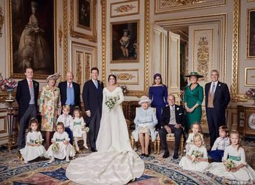 Fotografiile oficiale de la nunta Prinţesei Eugenie! De ce lipsesc Ducii de Sussex şi de Cambridge?