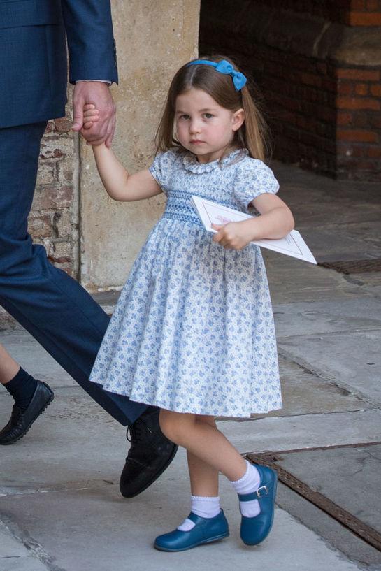 Asemănarea incredibilă dintre micuţa Prinţesă Charlotte şi bunica ei, Prinţesa Diana. Fanii au rămas muţi de uimire!