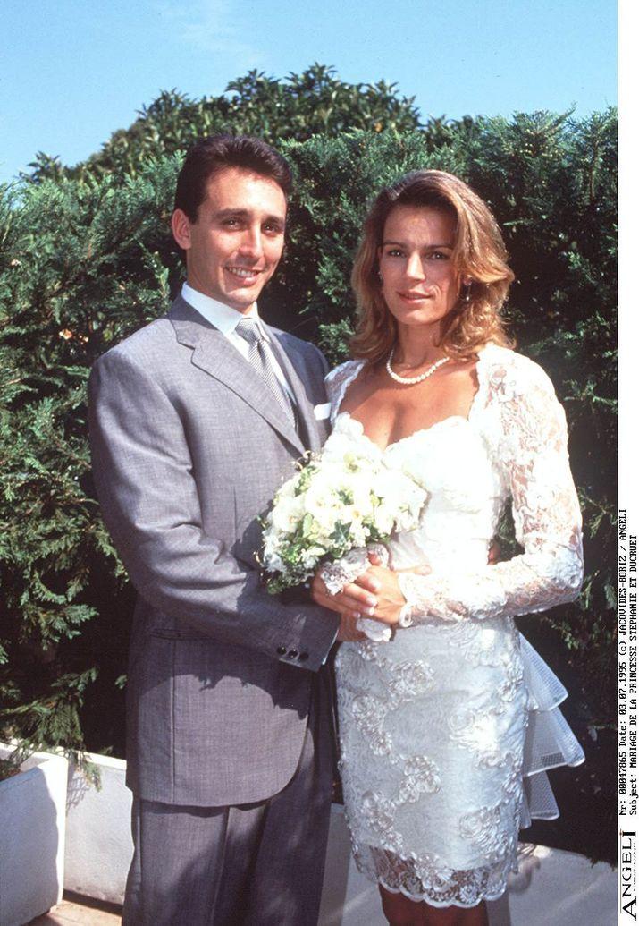 Stephanie şi Ducruet au ignorat dorinţa prinţului Rainier şi s-au căsătorit în 1995