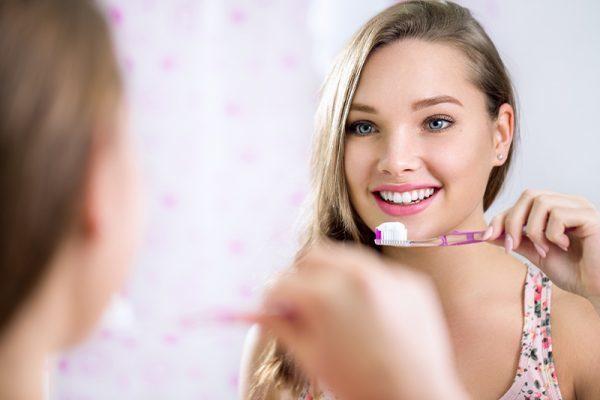 3-tratamente-de-albire-a-dintilor