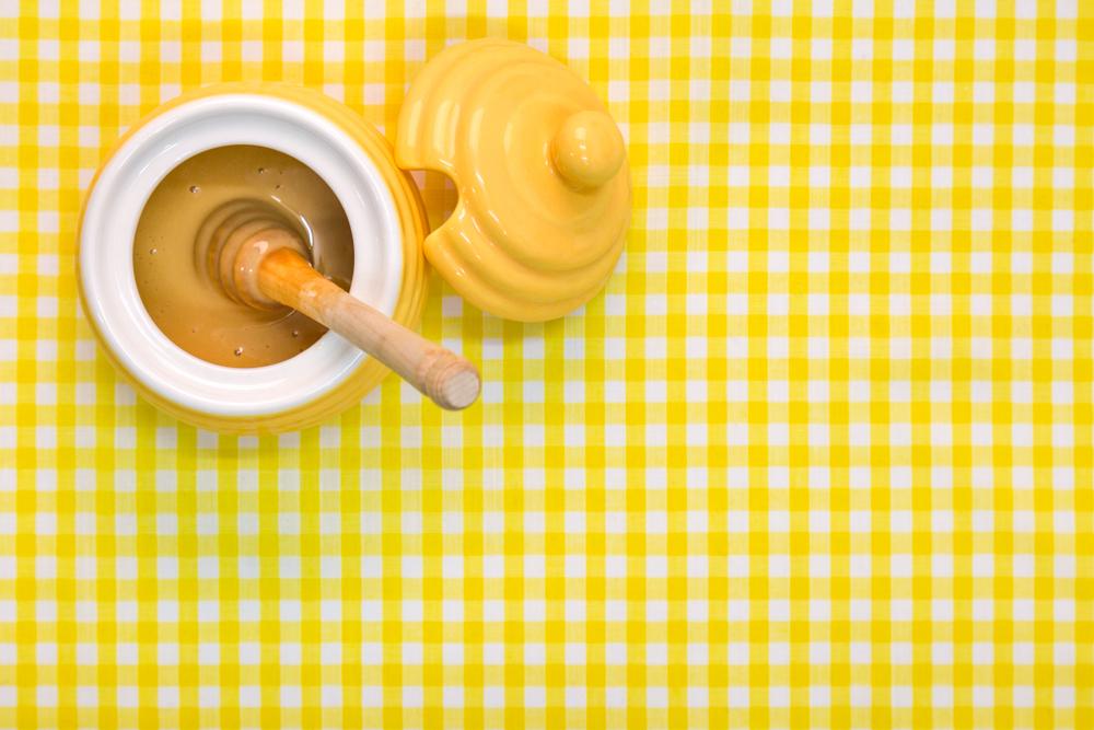 Mierea de Manuka – delicioasă, dar şi medicament pentru răceală