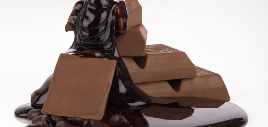 Uită de cutii de bomboane şi chipsuri! Alimente care reduc stresul, fără să îngraşe