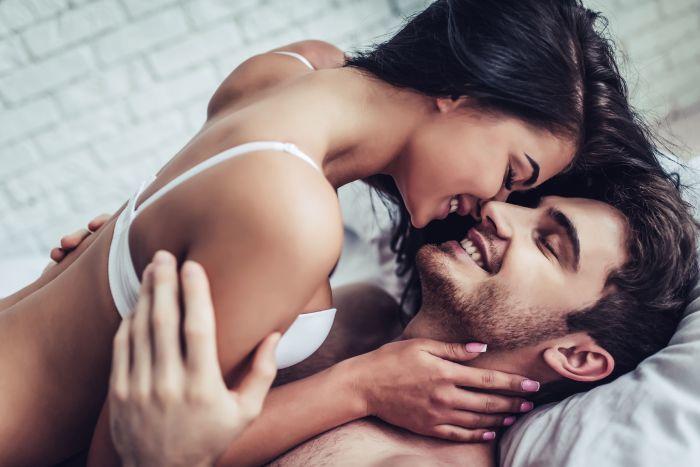 Orgasmul bărbaţilor și ejacularea feminină: află răspunsurile la miturile despre plăcerea sexuală