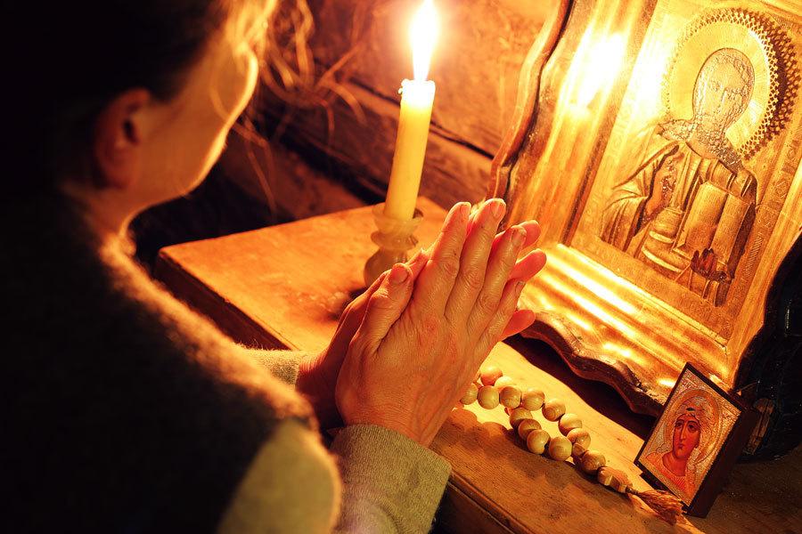 Atrage norocul de partea ta! Cea mai puternică rugăciune pentru bani şi împlinire