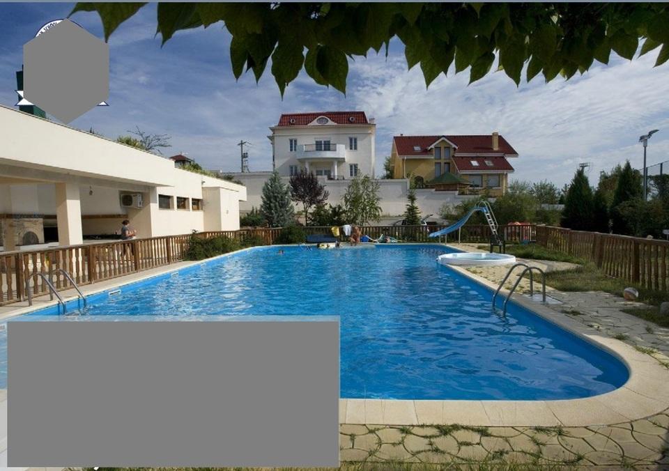 """EXCLUSIV! FOTO! Iata """"palatul secret"""" de 1,5 milioane de euro al lui Gabriel Oprea din Pipera! Proprietatea i-a adus fostului vicepremier peste 300.000 de euro in ultimii ani! Are vila de 800 mp, teren de 3.000 mp, piscina si teren de tenis!"""