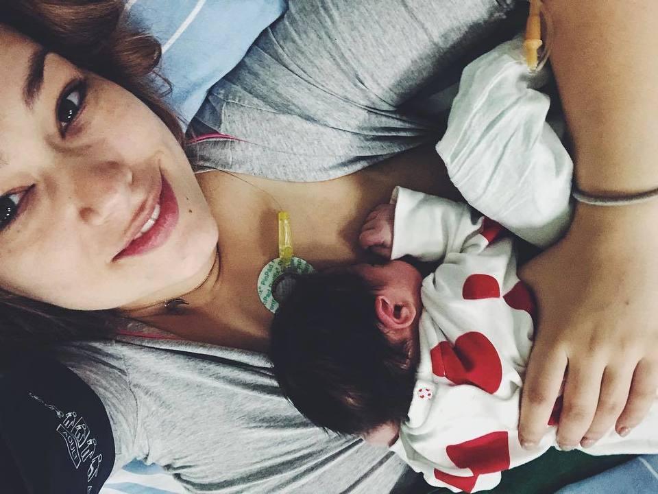 Prima imagine cu bebeluşul şi prima declaraţie, după ce Feli Donose a născut!