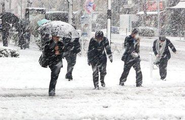 Primele ninsori in Romania! Valul de aer polar a ajuns in tara, ce se intampla cu vremea in zilele urmatoare