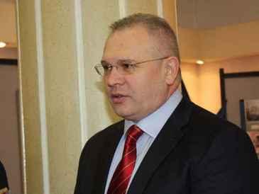 Ilie Botos, fostul procuror general al Romaniei, va avea o pensie mai mare decat salariul! Pensia generalului va fi cu 7000 de lei mai mare decat a incasat pentru ultima luna muncita