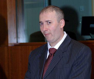Seful Electrica Muntenia castiga lunar 26.600 de euro! In urma cu cativa ani, Darius Mesca, membru PSD, avea un venit de 55 de ori mai mic
