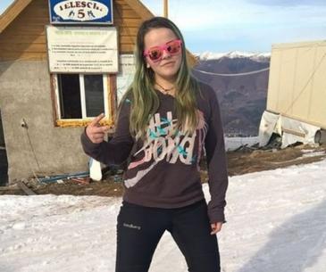 Salvamontista batuta de un interlop in statiunea Straja s-a mutat in Bucuresti cu studiile! Miruna Inel a fost in vizita de lucru in Parlament