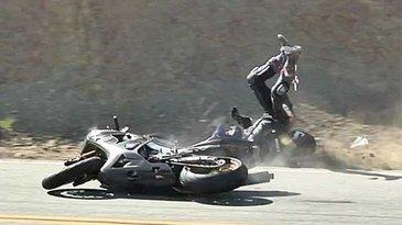 Motociclist mort dupa ce a intrat pe contrasens si s-a ciocnit cu un autoturism, pe DN1, la Comarnic