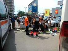 Primar injunghiat. Un edil din Satu Mare a ajuns de urgenta la spital dupa ce a fost injunghiat de un localnic