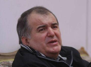 Florin Calinescu ii face praf pe politicieni. A fost aplaudat de o sala intreaga, dupa mesajul exploziv dedicat clasei politice