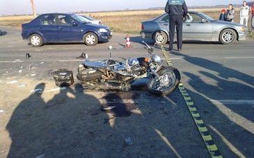 Accident teribil in Buzau. Un tanar motociclist a murit zdrobit. Totul a fost filmat