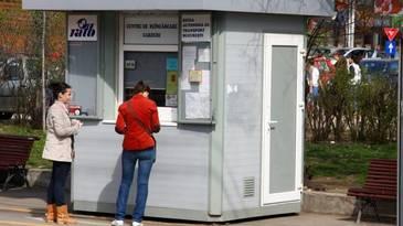 Teroare in Capitala. RATB trimite acasa angajatii din centrele de reincarcare a cardurilor, din cauza caldurii