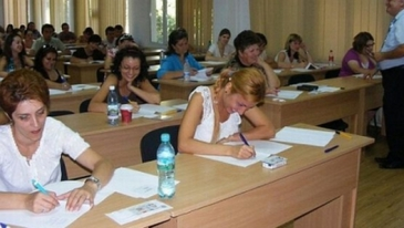 Rezultatele examenului de titularizare. Aproape 46% dintre profesori au reusit sa ia nota minima