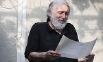La aproape 7 ani de cand s-a stins, Adrian Paunescu n-a fost uitat de familie si fani! Poetul are un mormant plin de flori Vezi detaliul emotionant de langa cruce VIDEO EXCLUSIV