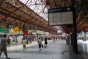 Intarzieri chiar si de peste doua ore ale trenurilor care sosesc in Gara de Nord, din cauza caniculei