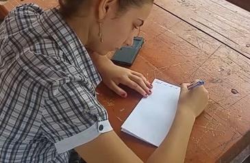Absolventii de liceu sustin ultima proba scrisa a Bacalaureatului