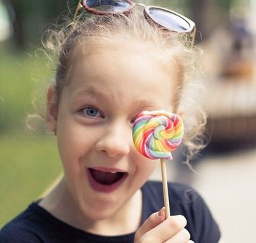 Studiu alarmant! Acadele favorizeaza aparitia sindromului ADHD la copii