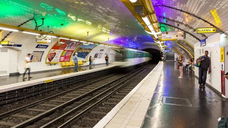 O noua tragedie la metrou! Un barbat a murit calcat de tren