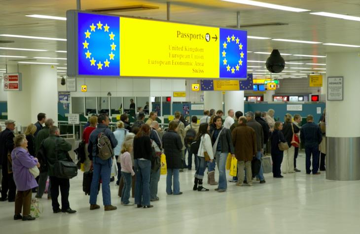 17% din populatia Romaniei a plecat din tara in ultimii ani! Suntem pe locul doi in lume la emigrare, dupa Siria!