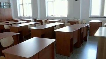 Peste o mie de scoli din toata tara anunta ca vor boicota simularea examenului de evaluare nationala! Care sunt nemultumirile dascalilor!