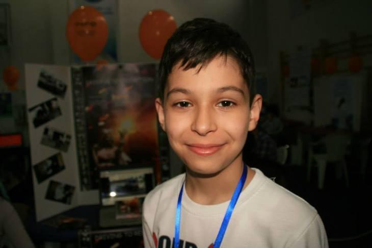 """Alex, geniul de 13 ani al Romaniei. El este elevul din Oltenita care a inventat o aplicatie revolutionara pentru medicina - """"Nu am avut profesor sau mentor care sa ma ajute"""""""