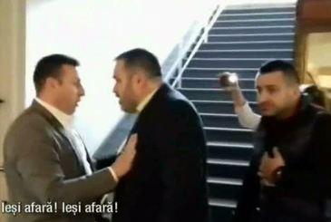 """Scandal la alegerile pentru presedintia filialei PMP din Timis! """"Nu ma scoate pe mine nimeni afara! Mai, ordinarule!"""""""