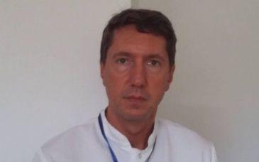 Consecintele legii salarizarii: Un director de spital a renuntat la functie si a revenit ca medic chirurg. Ce salariu incaseaza acum