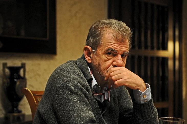 """Actorul Florin Zamfirescu demoleaza Uniunea Europeana care a tradat Romania: """"Ne-ai distrus, ne-ai adus in sapa de lemn!"""""""