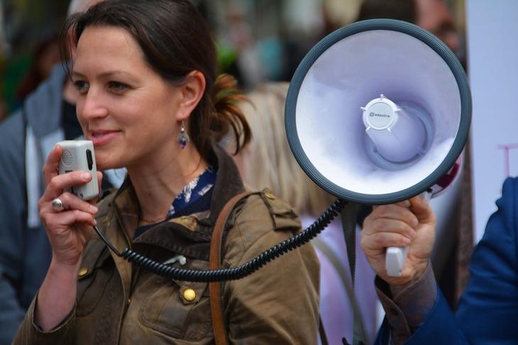 Studentii protesteaza in strada! Vor demisia ministrului Educatiei!