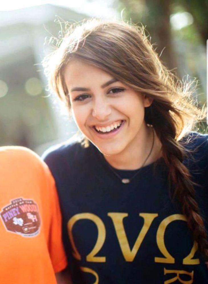 La numai 16 ani, frumusetea si visurile i-au fost curmate pentru un selfie! Ce s-a intamplat cu tanra e inimaginabil - Familia ei e in stare de SOC