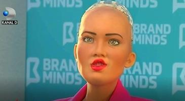 Robotul Sophia, mesaj pentru Romania! Ce a spus dupa ce a devenit primul umanoid din lume care are card de credit