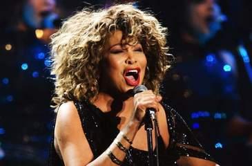 Veste BOMBA in showbiz! Tina Turner a primit o lovitura greu de suportat! Fiul artistei s-a sinucis