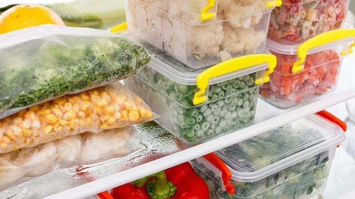 Au aparut primele rezultate de laborator in cazul legumelor si fructelor congelate retrase preventiv de pe piata. Marile lanturi de supermarketuri solicita clientilor sa returneze produsele